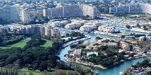 port-Cannes-marina-sized